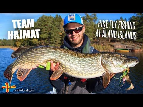 Pike Fly Fishing at Åland Islands with Team Hajmat - Kanalgr