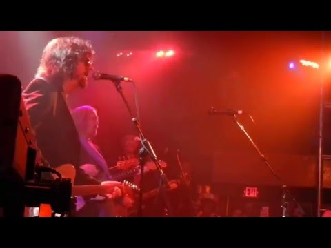 My Little Runaway (Del Shannon cover) - Jeff Lynne and Tom Petty - Troubadour - Dec 19 2015
