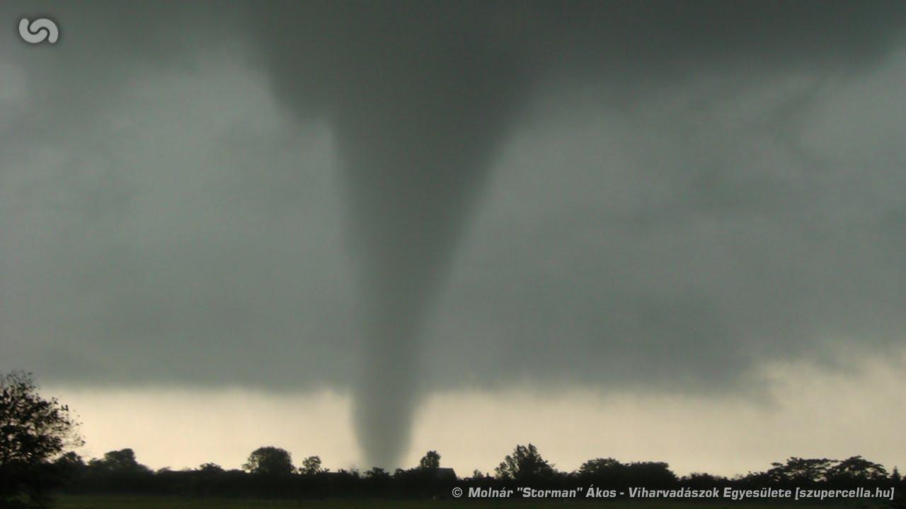 szupercellahu storm chase f1 tornado near g225t233r