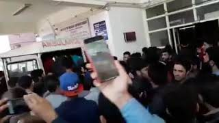 Live video:-from District hospital Anantnag where many injured person's are brought .