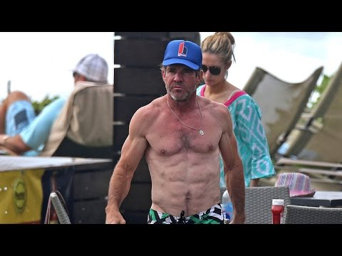 Dennis Quaid s Off Insanely Ripped Body at 61