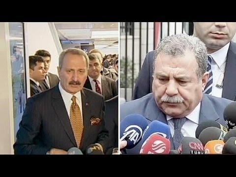 Ekonomi Bakanı Çağlayan ile İçişleri Bakanı Güler istifa etti