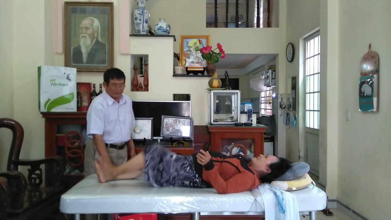 Bấm huyệt chữa bệnh Đau Lưng khớp gối thoái hóa cột sống lưng thoát vị đĩa đệm chén đốt sống