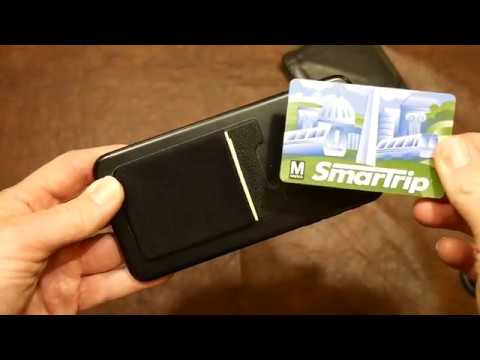 should-you-replace-your-wallet-with-a-phone-card-holder?