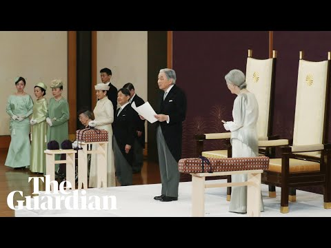 Japanese emperor Akihito abdicates in historic ceremony