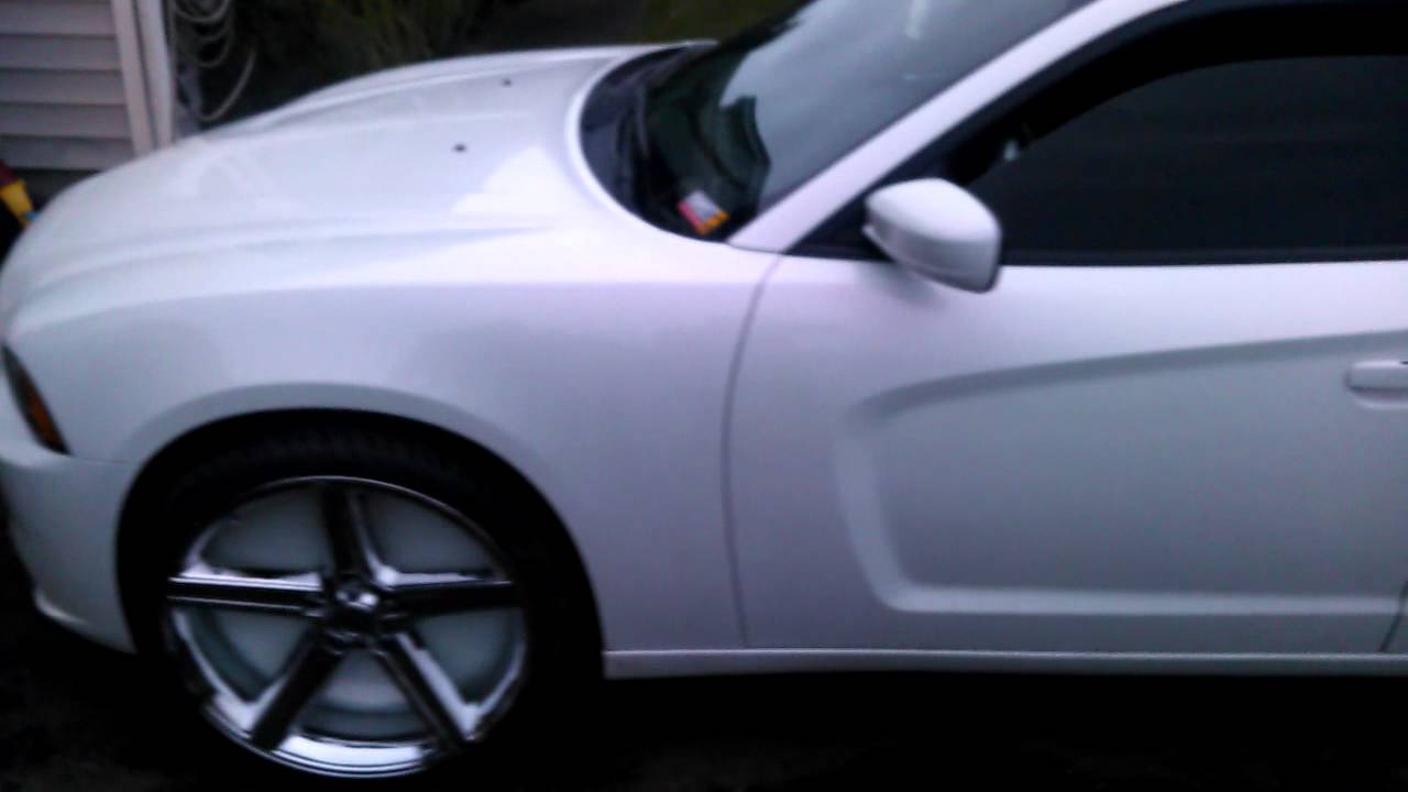 Southern Customs 2011 Charger On 4s Irocs Part 2 Youtube