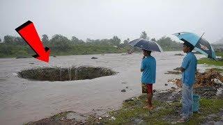 Warga Gempar !! Tiba² Air Sungai Hilang Akibat Munculnya Sumur Misterius Di Sungai!!