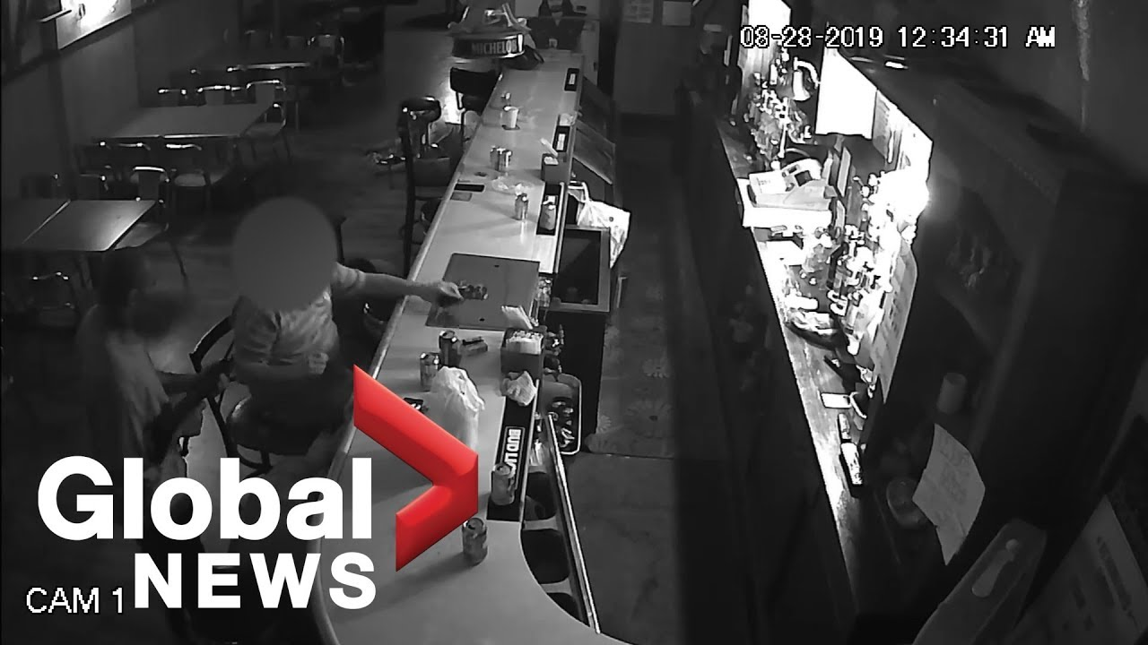 Bar patron shrugs off gunman, lights up cigarette during armed robbery in  St  Louis