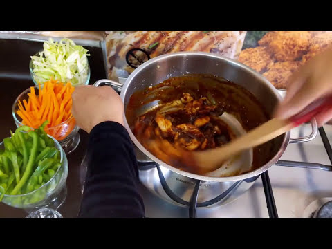Szechuan chicken  tasty shezwan chicken dish  homemade schezwan chicken curry  cooking with asifa