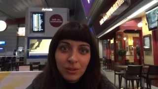 Aэропорт Лютон, ждем самолет на Ригу. Видеоблог: Поездка в Латвию.