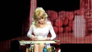 Dolly Parton - My Tennessee Mountain Home (Better Day Tour - Atlanta)