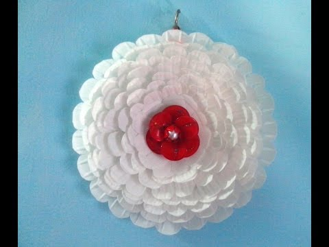 paper plate flower wall hanging.plastic plate flower wall hanging. - YouTube & paper plate flower wall hanging.plastic plate flower wall hanging ...