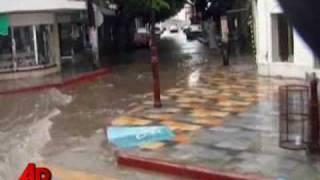 Hurricane Jimena Swirls Past Baja Resorts