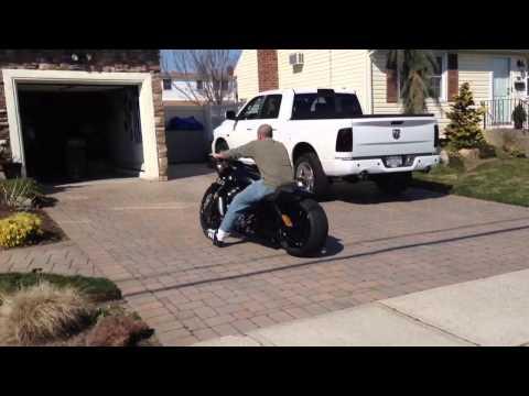 V Rod Muscle Custom Exhaust