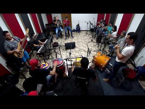 De Extremo La Banda  intro Bonny Cepeda merengue