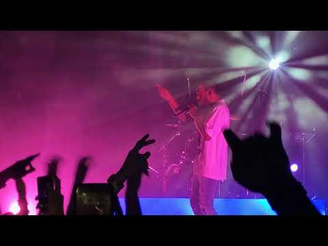 Alone / EA6 - 6LACK 2017 Live