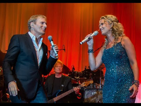 How Am I Supposed To Live Without You. Michael Bolton w/Maria Wells
