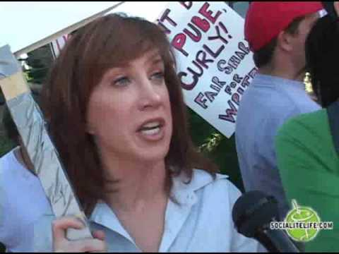 Sarah & Laura Silverman Plus Kathy Griffin at Writers Strike