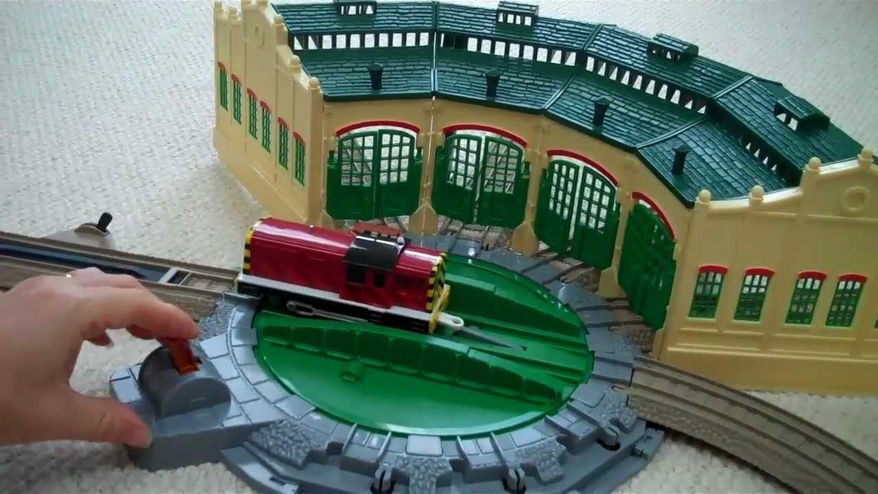 Trackmaster Tidmouth Sheds With Thomas The Train Henry