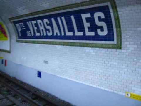 Station Porte de Versailles Ligne 12 du métro à Paris