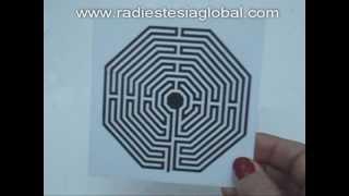 Labirinto - Como preparar um remédio radiônico pela radiestesia - por Adélia Adriana