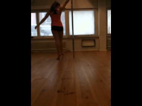 Nea pole dancing!