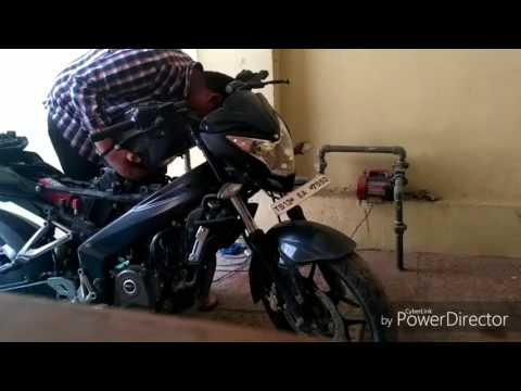 Bajaj Pulsar 200ns Air Filter and Tank Removal...DIY
