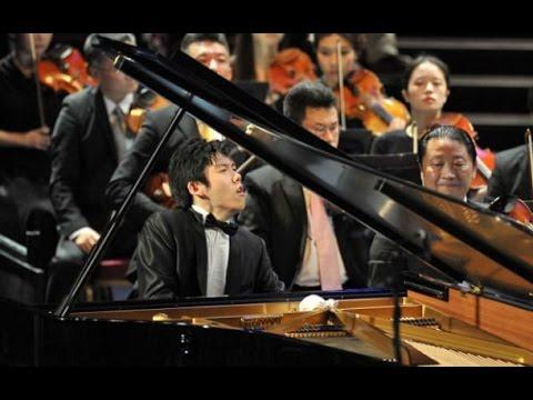 Haochen Zhang BBC Prom 2 (2014) - Liszt