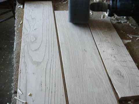 Praticato tiberino fase di lavorazione spazzolatura for Verniciare il legno