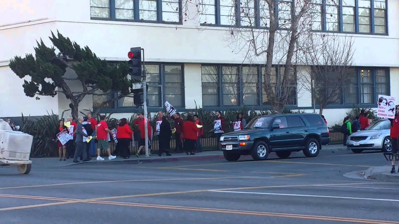 Protest Carver Middle School - YouTube