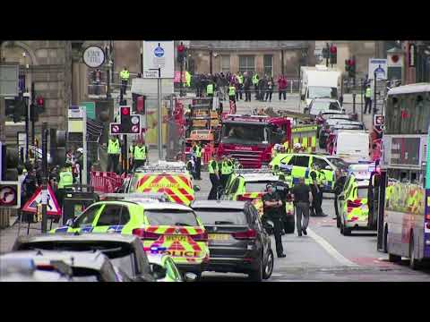 Knifeman kills two in Glasgow, suspect shot dead – BBC