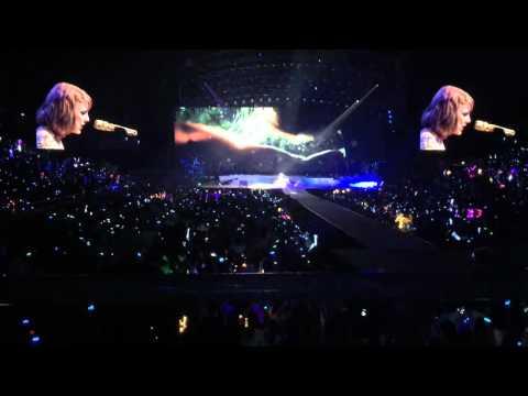 Taylor Swift 1989 Tour Singapore - Wildest Dreams