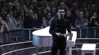 """Дима Билан о Whitney Houston. """"Планета Билан"""" 06.02.19 Москва"""