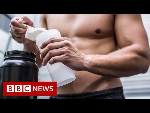Doctors warned about 'dry scooping' fitness fad - BBC News
