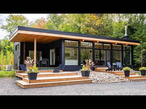 Ultra Modern Waterfront Retreat features Great Shopping and Restaurants in Muskoka River