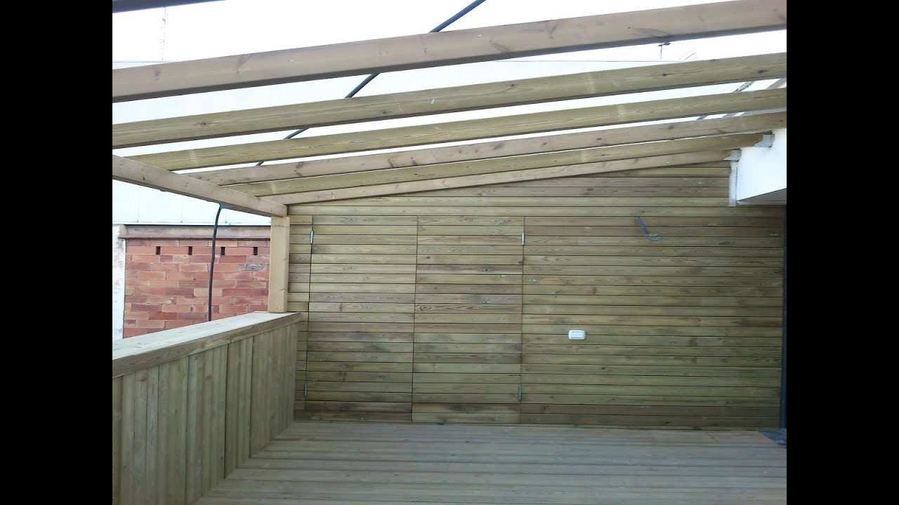 Cerramiento exterior madera ipe y techo de policarbonato for Techos para casas economicos precios