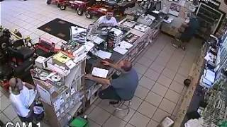 Man seen allegedly stealing chainsaw in surveillance video