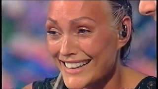 Anna Oxa - Senza pietà (Premiazione Vincitrice Sanremo 1999) YouTube Videos
