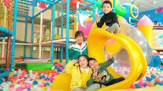 Kids Go to School Play Indoor Playground for Children! Funny Play Area with Finger Family Song