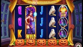 TRICK'O'TREAT online slot machine. An Halloween based theme game.