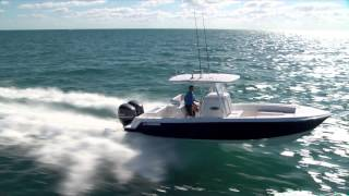 Contender 28 Sport running offshore