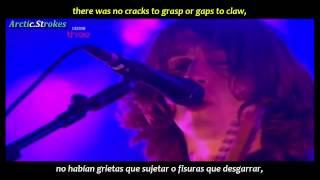 Arctic Monkeys - Crying lightning (inglés y español)
