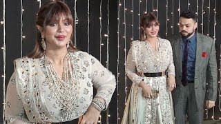 Ayesha Takia's Unrecognizable SH0CKING look due to Lip Plastic Surgery Gone Wrong