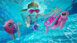 PET SPA in a POOL    Adley & Dad animal day care! Swimming with Fish and Turtles in the backyard!