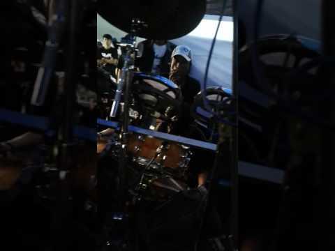 Kericuhan di hiburan rusdy oyag percussion