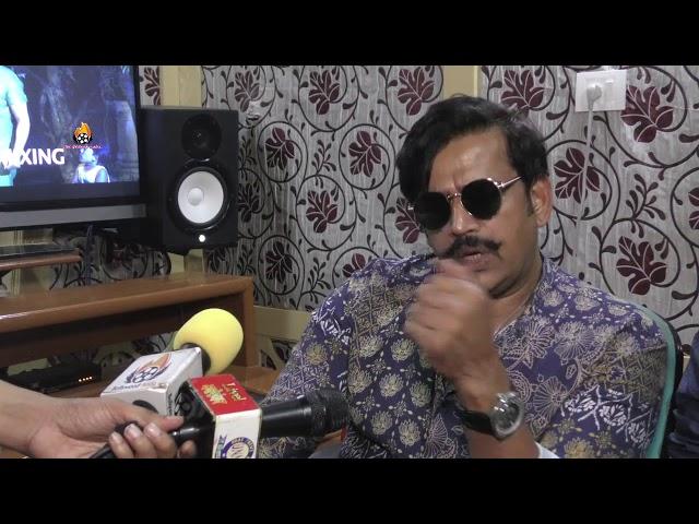 भोजपुरी फिल्म का गाना रिकॉर्ड करते हुए रवि किशन ने बोला अच्छे गाने की बनाओ