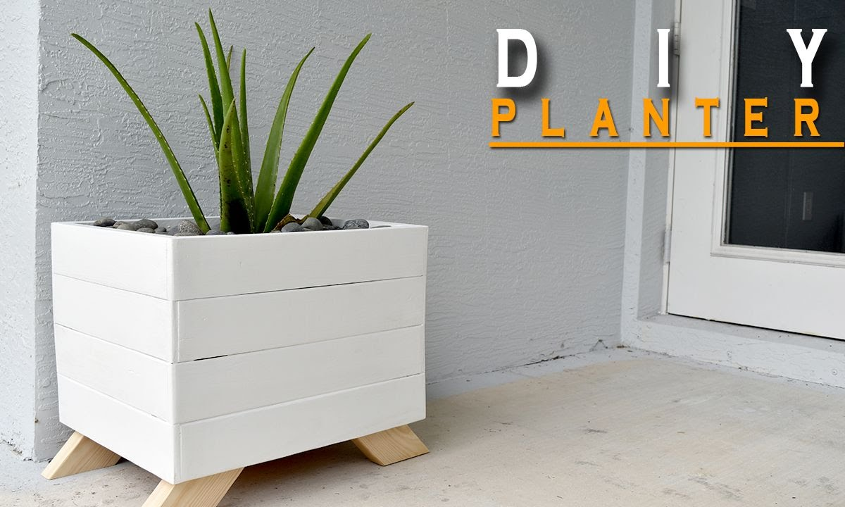 Diy Planter Box From Pallets Youtube