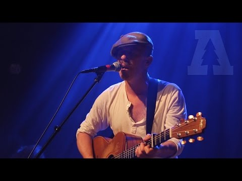 Foy Vance - She Burns - Live From Lincoln Hall