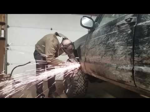 Jeep front fender trimming - cut and fold