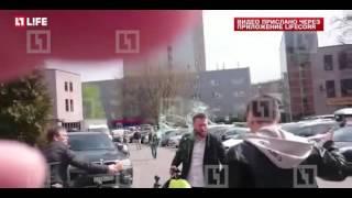 Навального облили чем то пахучим
